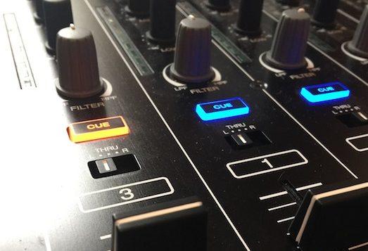 mcx8000-stand-alone-dj-controller